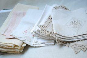 Napkins & Tablecloths
