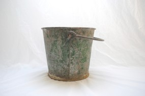 Galvanized Bucket w:Handle